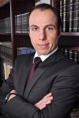 Rechtsanwalt Mustafa Üstün